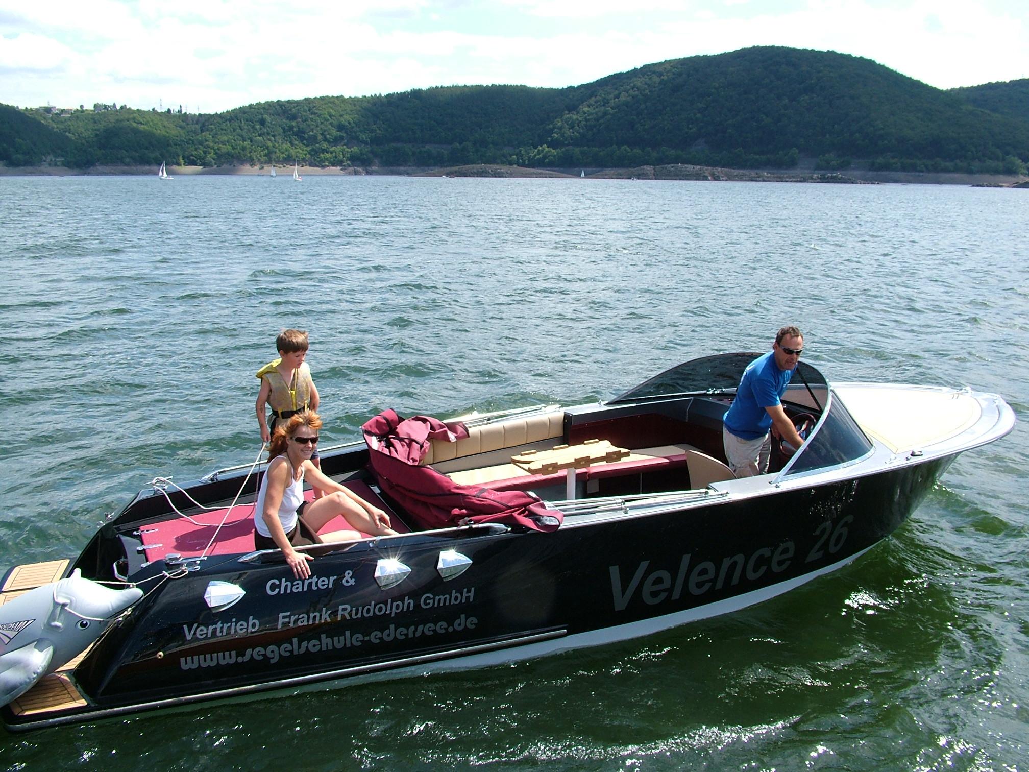 Elektroboote und -yachten
